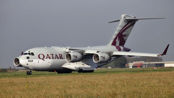 A7-MAB Qatar Emiri Air Force Boeing C-17A Globemaster III - cn F-209