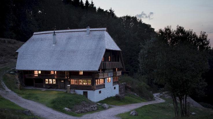 Seminarhof im Schwarzwald, Gruppenhaus bis 20 Personen, Alleinlage, Vollverpflegung, 8 Schlafzimmer, Gruppenraum ohne WLAN, ohne Funkstrahlung