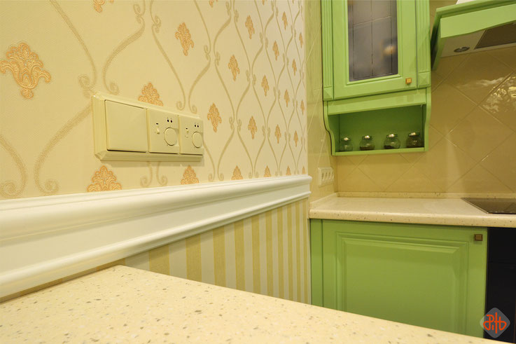 Гагарина, 17-361 (г. Березовский) кухня-гостиная_3