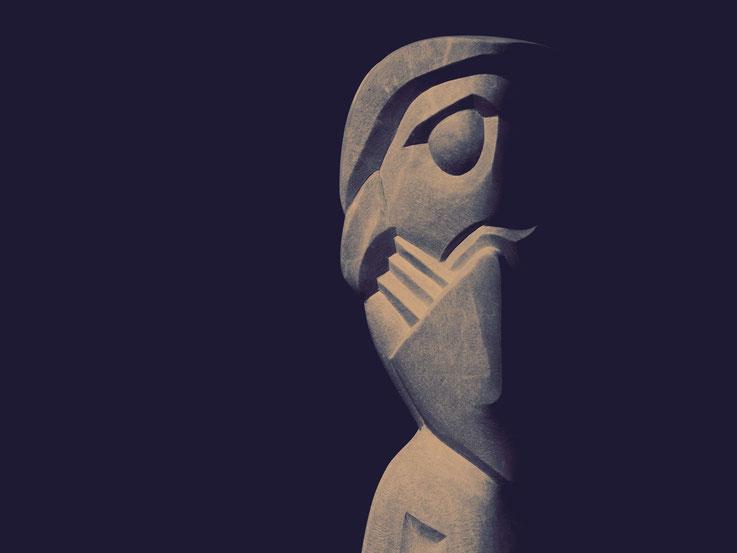 Marmor Skulptur / Anna Erdin / Künstlerin Thurgau / Schweizer Künstlerin / Steinkunst / Bildhauerin
