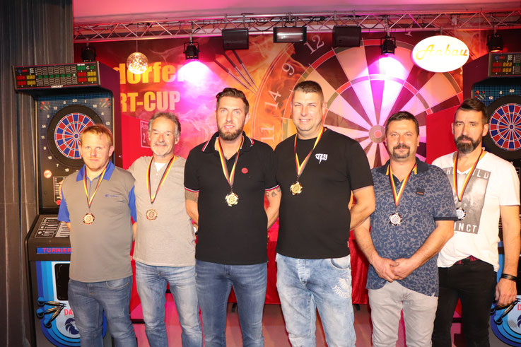 Die drei besten Teams: Stefan & Friedbert (Platz 3), Patrick & Ringo (Sieger), Heiko & Torsten (Platz 2)