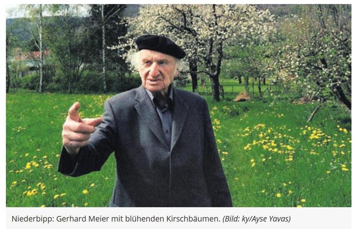 Gerhard Meier – Im Garten mit blühenden Kirschbäumen – Niederbipp alias Amrain – (Bild Ayse Yavas) – Archiv Pedro Meier Multimedia Artist