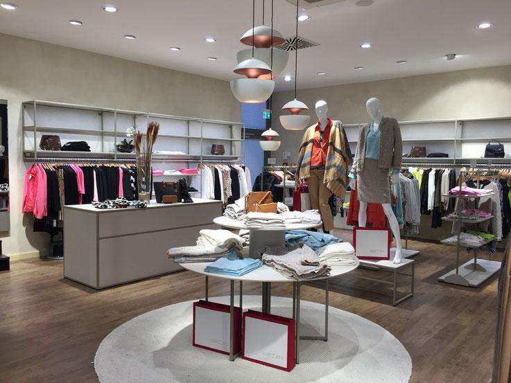 Aubi Premium Retail Design