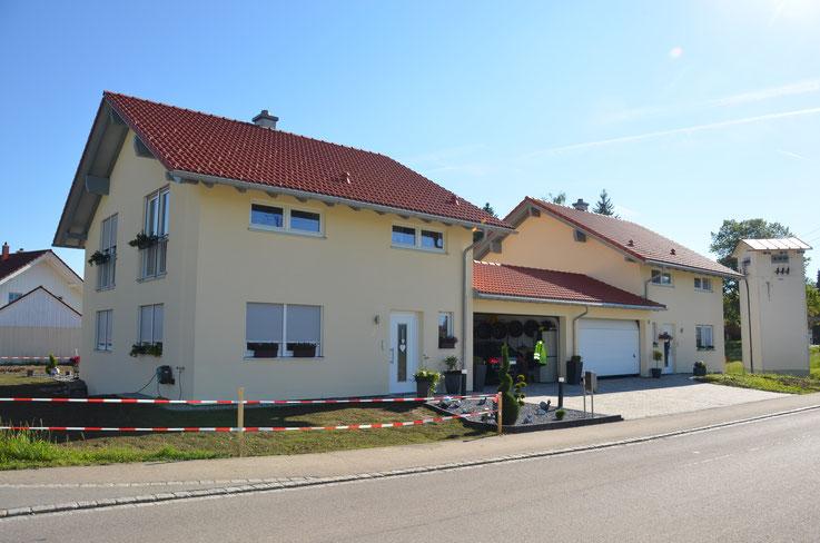 BV: Maierhöfen 2x Schlüsselfertige Einfamilienhäuser mit Doppelgaragen