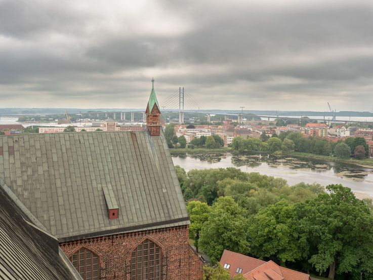 Blick hinüber zur Rügen - Brücke