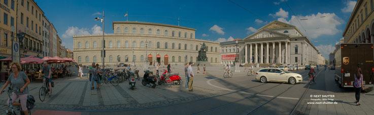 Residenzplatz, München; Theatinerstrasse