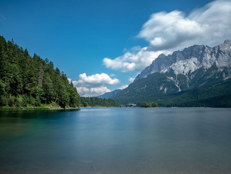 Der Eibsee, gelegen unterhalb der Zugspitze. Belichtungszeit 60 Sekunden.
