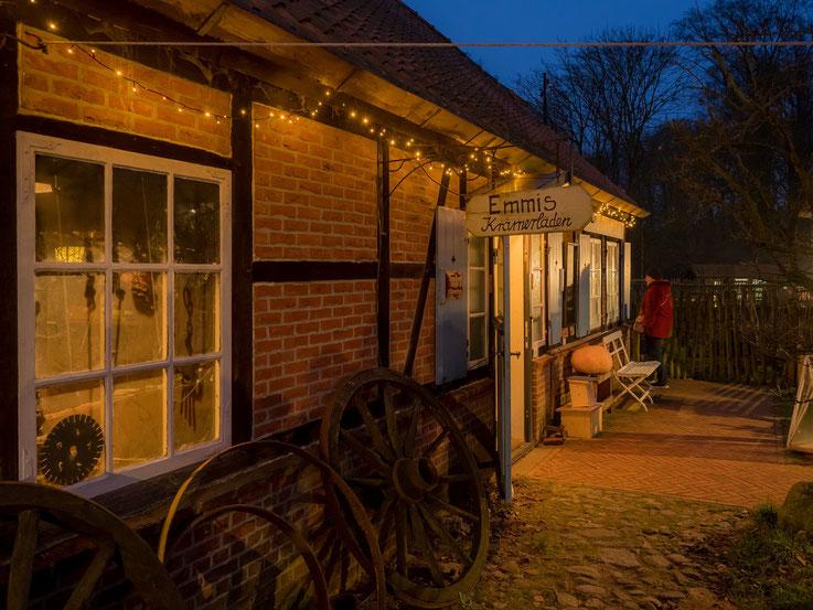 Wie bei allen Veranstalungen im Museumsdorf, war auch der Krämerladen geöffnet.