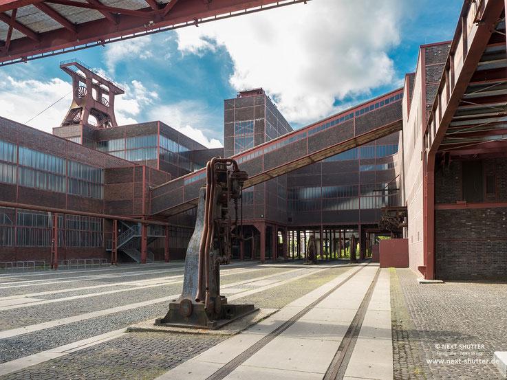Die Architektur ist durchgehend schlicht, sachlich und einfach großartig.