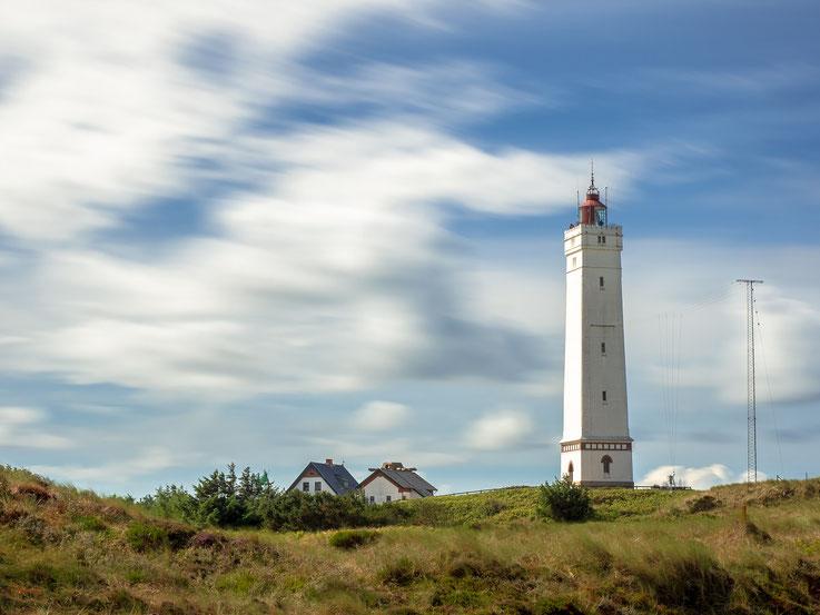Der Leuchtturm von Blavandshuk, aufgenommen mit einer Langzeitbelichtung mittels Graufilter.