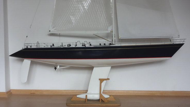Modellyacht boomerang (Bild: O. Helms)