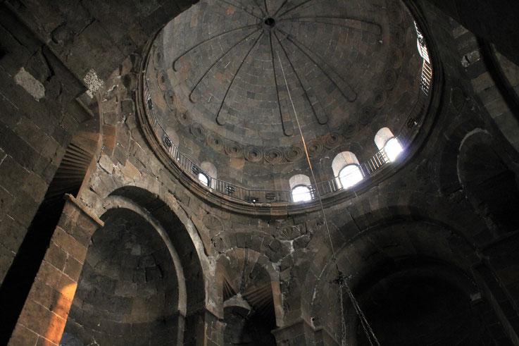 Die Kirche der Hl. Hripsime in Etschmiadsin.