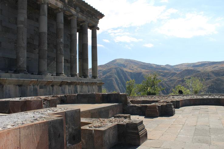 Der antike Tempel von Garni.