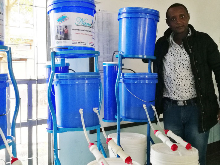 Dr. Hilonga Wasserfilter Nanofilter Afrika