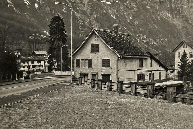 Wohnhaus der Geschwister Geiger an der Löntschbrücke