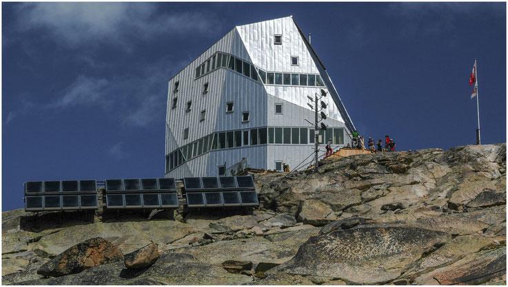 Monte-Rosa-Hütte, 2'883 m.ü.M. - 04.08.2011