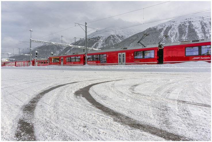Bahnhof Winter Schnee