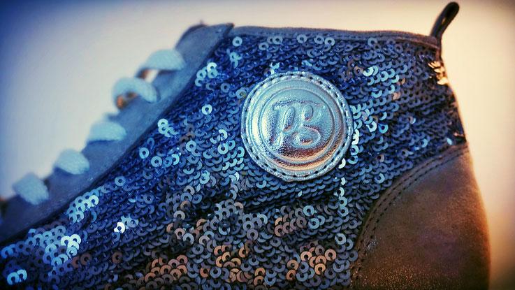 Damensneker mit Pailletten Paul Green silber blau