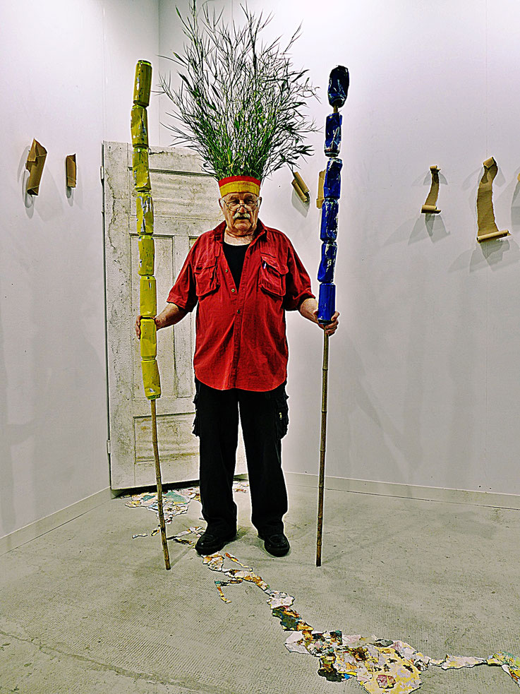 The last Mohicans by © Pedro Meier, Fluxus DADA Climate Change Performance: Cellulose, Bamboo, trash alu beer cans. Umweltzerstörung, Homage to the indigenous Amazon peoples and Native American Indians. Gesamtkunstwerk, Graffiti Attisholz Areal. SIKART ZH
