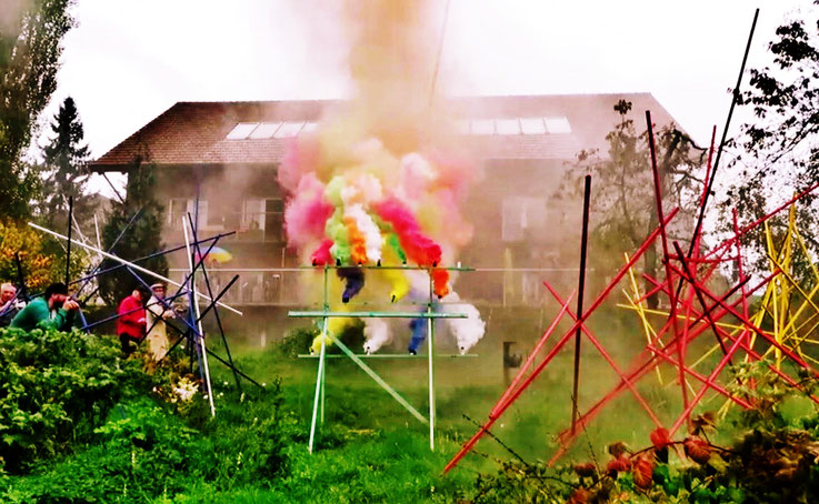 Pedro Meier – »Apocalypse Now – Color Smoke Performance« – Installation – 30. 9. 2017 – Franz Eggenschwiler Stiftung Switzerland – Exhibition – »Work in Progress« – Photo © Pedro Meier Multimedia Artist – Gerhard Meier-Weg Niederbipp – Olten – Bangkok
