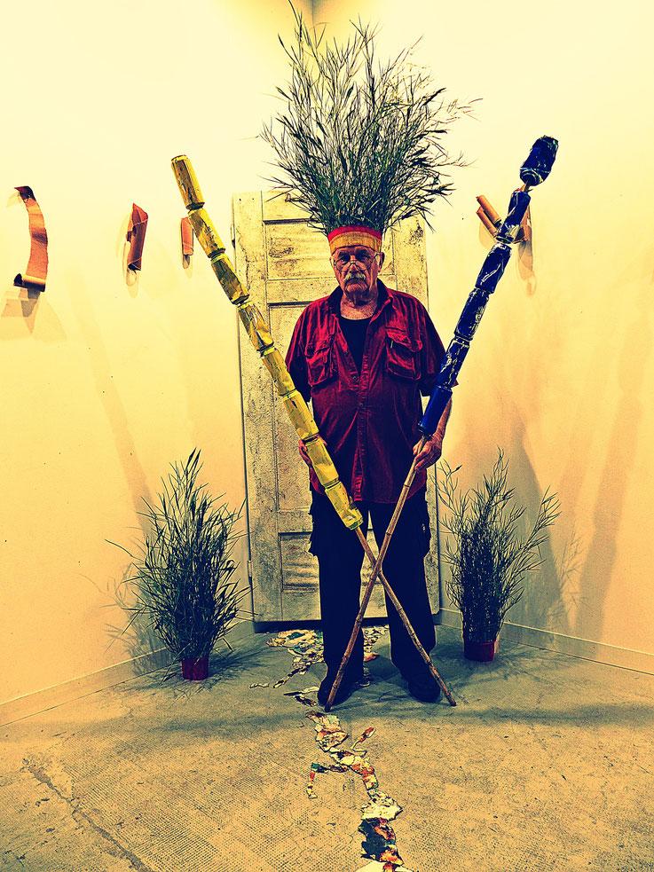 Der letzte Mohikaner. Klimawandel Fluxus DADA Performance – Installation by © Pedro Meier: Bamboo, Cellulose, trash found alu beer cans. Homage to the indigenous Amazon peoples Native American Indians, Gesamtkunstwerk. Campus Attisholz. SIKART Zürich