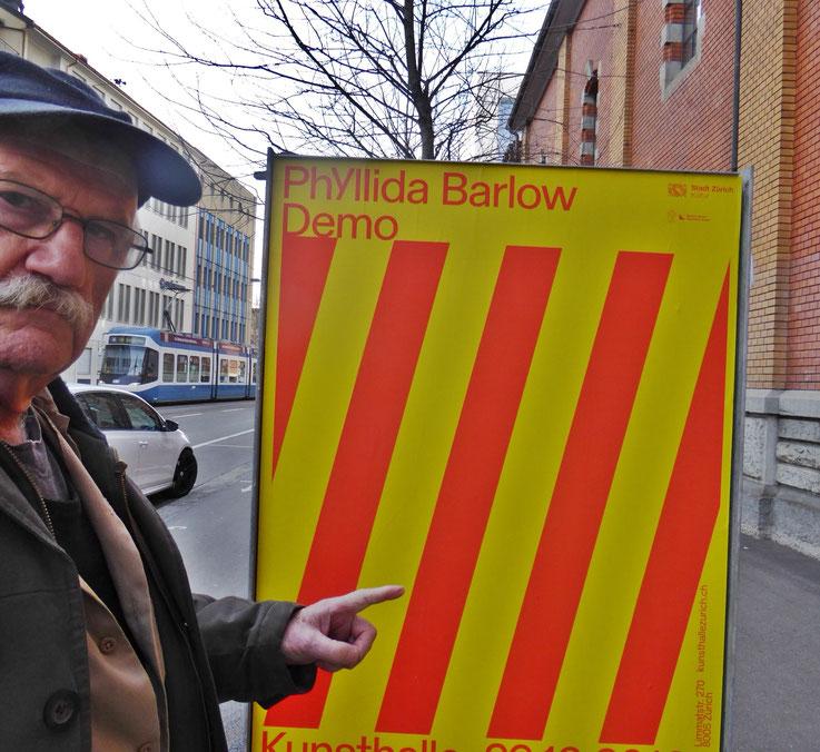 Pedro Meier meets PhYllida Barlow – Kunsthalle Zürich 2017 – Switzerland – »Selfie-Art-Project« Pedro Meier Nr. 34 – Photo © Pedro Meier Multimedia Artist – Gerhard Meier Weg, Niederbipp – Olten – Bangkok