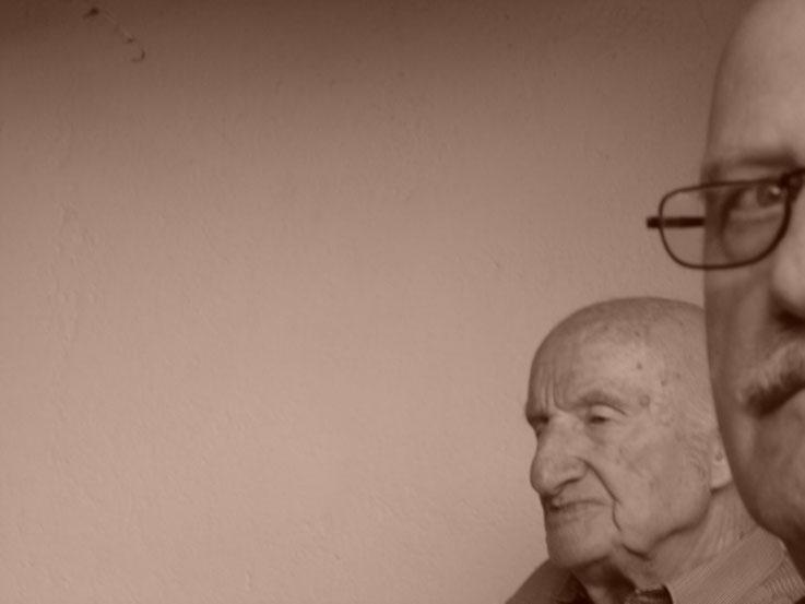 Gerhard Meier und Pedro Meier im Gartenhaus in Niederbipp alias Amrain – 88. Geburtstag 2005 – Photo © Pedro Meier / ProLitteris –  »Selfie-Art-Project« – Multimedia Artist – Atelier Olten – Bangkok Literaturarchiv Museum Suhrkamp Zytglogge NZZ FAZ WELT