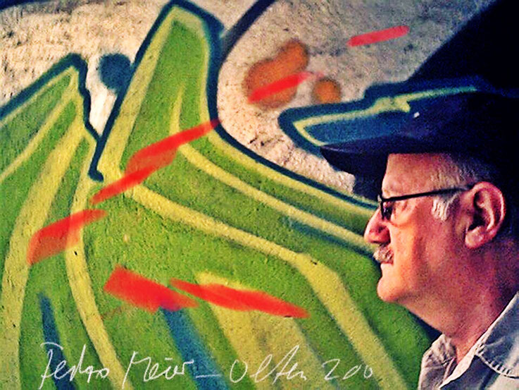 Pedro Meier – SBB-Werkstätte Olten Graffiti – PhotoArt by © Pedro Meier Multimedia Artist – »Selfie-Art-Project« 2003 – Atelier Gerhard Meier-Weg Niederbipp und Bangkok Thailand – Kunsthalle Olten Offspace. DADA FLUXUS MailArt DigitalArt VISARTE SIKART ZH
