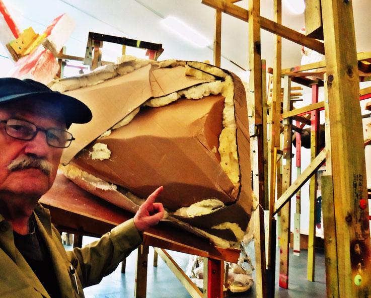Pedro Meier meets PhYllida Barlow – Kunsthalle Zürich 2017 – Switzerland – »Selfie-Art-Project« Pedro Meier Nr. 31 – Photo © Pedro Meier Multimedia Artist – Gerhard Meier Weg, Niederbipp – Olten – Bangkok
