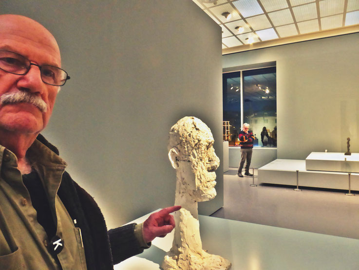 Pedro Meier meets Alberto Giacometti – Selfie-Art-Project – 2017 – Kunsthaus Zürich – Photo © Pedro Meier Multimedia Artist / ProLitteris – Gerhard Meier Weg – Niederbipp – Olten – Bangkok