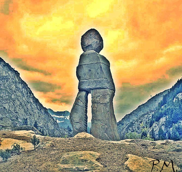 Pedro Meier – Ugo Rondinone Stone Sculpture – Andermatt Swiss Alps – Samih Sawiris Orascom The Chedi Andermatt – Gotthard– SWITZERLAND – PhotoArt © Pedro Meier Multimedia Artist – Smoke Performer, Gerhard Meier Weg Niederbipp, DADA Visarte SIKART Zürich