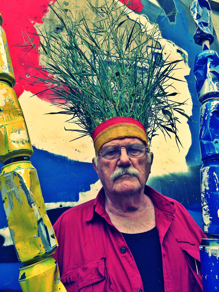 The last Mohicans by © Pedro Meier, Fluxus DADA Climate Change Performance: Bamboo, trash alu beer cans, Homage to the indigenous Amazon peoples and Native American Indians. Gesamtkunstwerk, Graffiti Campus Attisholz Solothurn. Visarte – SIKART Zürich