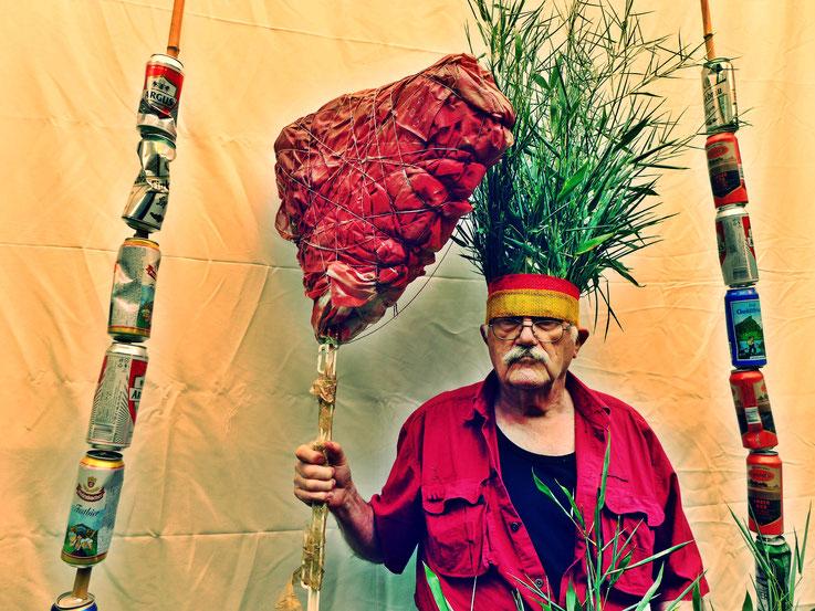 Der letzte Mohikaner. Fluxus DADA Performance – Climate Change Installation by © Pedro Meier: Bamboo, Cellulose, trash found alu beer cans. Homage to the indigenous Amazon peoples, Native American Indians. Gesamtkunstwerk. Campus Attisholz. SIKART Zürich