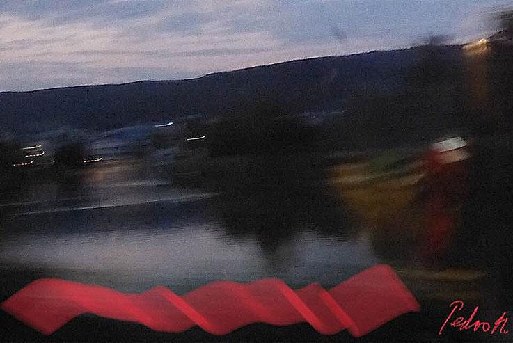 Pedro Meier – »Geschwindigkeit« – Railway Window – Eisenbahnfenster Impressionen – PhotoArt Work by © Pedro Meier Multimedia Artist. Atelier Gerhard Meier-Weg Niederbipp und Bangkok Thailand. Kunsthalle Olten, FLUXUS DADA, DiaryArt, Visarte SIKART Zürich
