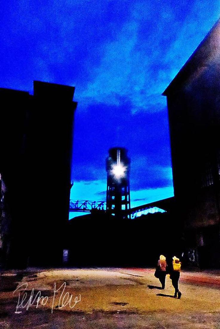 Pedro Meier Campus Attisholz Areal, Boulevard bei Nacht Fabrikruine Halter AG – PhotoArt by Pedro Meier Multimedia Artist – Atelier: Gerhard Meier-Weg Niederbipp Bern Solothurn/ Bangkok Thailand / Olten Kunsthalle, FLUXUS DADA DiaryArt VISARTE, SIKART ZH