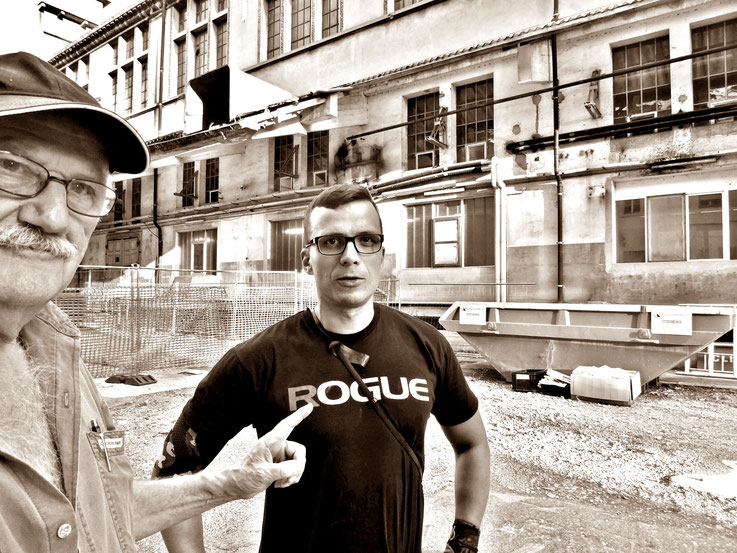 Pedro Meier SelfieArt – Mike Wolff – Minotaurus Projekt – ArtCampus Attisholz – 2016 © Pedro Meier Multimedia Artist MoMA Visual Art Museum Bangkok FLUXUS – DADA – SIKART Zürich. Gerhard Meier Weg Niederbipp Bern bei Solothurn Oberaargau Switzerland