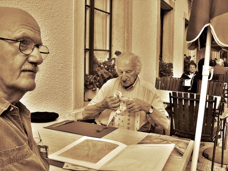 Pedro Meier – Gerhard Meier – Einsiedelei Solothurn – im Garten Restaurant Kreuzen 2005 –– »Selfie-Art-Project« – Photo © Pedro Meier Multimedia Artist / ProLitteris – Gerhard Meier Weg – Niederbipp – Bangkok