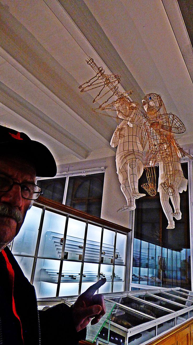 Pedro Meier – Ai Weiwei: »Caochangdi«, bamboo and silk – »D'ailleurs c'est toujours les autres«, Musée cantonal des Beaux-Arts – (Uli Sigg – Bernard Fibicher). »Selfie-Art-Project« Pedro Meier Multimedia Art 2017, Gerhard Meier Weg Niederbipp – Bangkok