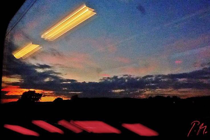 Pedro Meier – »Eisenbahnfahrt« – Railway Window with a view – Eisenbahnfenster Impressionen – PhotoArt Work by © Pedro Meier Multimedia Artist. Atelier Gerhard Meier-Weg Niederbipp und Bangkok Thailand. Kunsthalle Olten, FLUXUS DADA, Visarte, SIKART ZH
