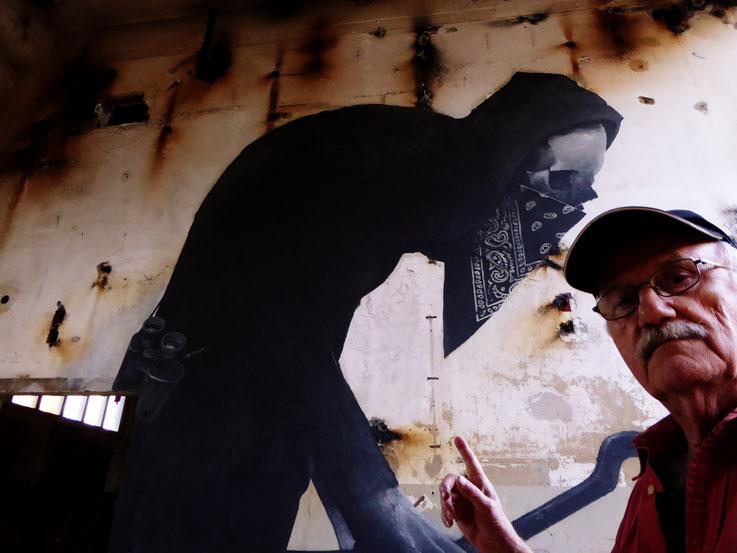 Pedro Meier SelfieArt – Minotaurus Projekt – Kettenreaktion.jetzt ArtCampus Attisholz – 2016 © Pedro Meier Multimedia Artist MoMA Visual Art Museum Bangkok FLUXUS – DADA – SIKART Zürich. Gerhard Meier Weg Niederbipp Bern bei Solothurn Oberaargau Schweiz