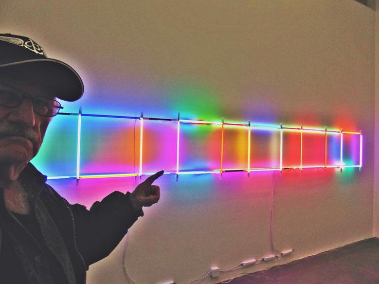 Pedro Meier – Color Neon Installation – Christian Herdeg – Museum Haus Konstruktiv 2016 – »Selfie-Art-Project« by © Pedro Meier Multimedia Artist Gerhard Meier-Weg Niederbipp / Bangkok – Teilnahme 21.Triennale Grenchen, Abb. Doku im Katalog, SIKART Zürich