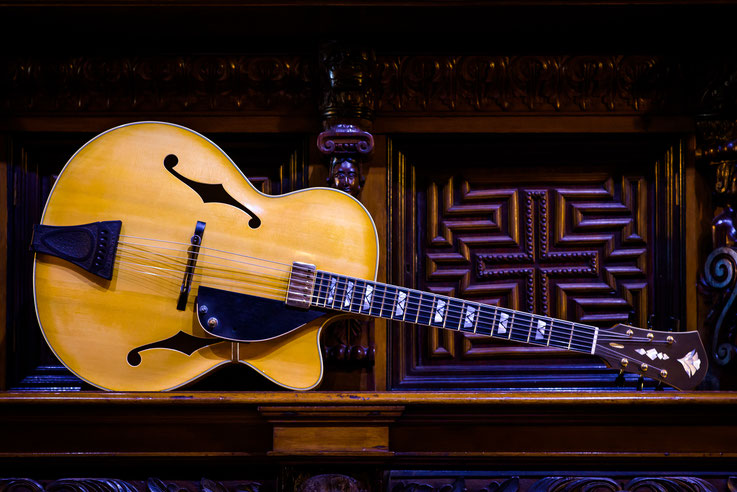 OPUS108: Acoustic Archtop.