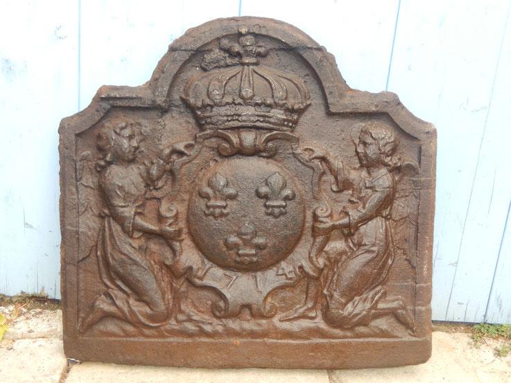plaque de cheminée louis XIV ancienne