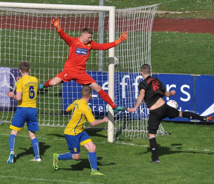 VfL-Torhüter Marcel Bergmann war nur in Aurichs starker Phase zu Beginn der zweiten Halbzeit wirklich gefordert.