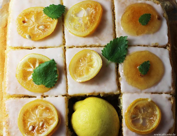 Leckerer Zitronenkuchen mit Creme, Zitronenguss und nativem Olivenöl extra Rezepte OLigarto
