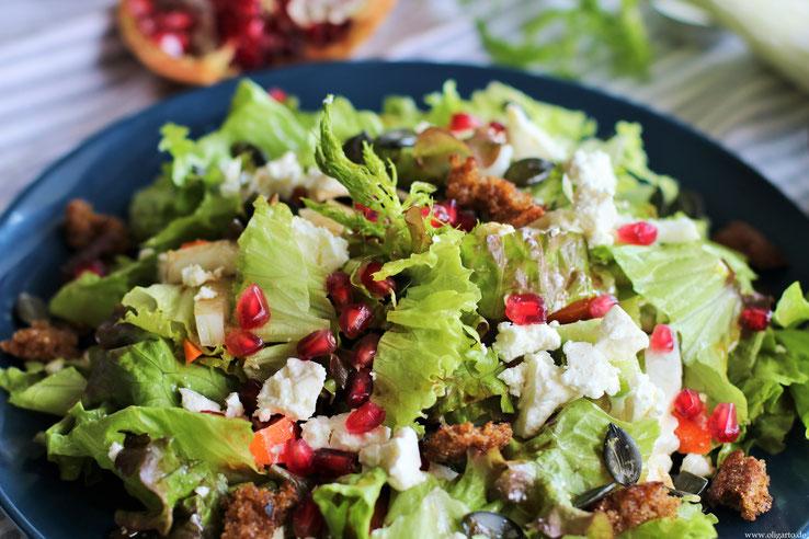 Wintersalat mit Granatapfel und Feta Käse Oligarto Rezepte