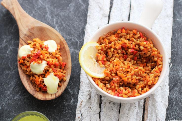 Kochen mit Dinkel Kukruma Safran Joghurt Oligarto Blogzine