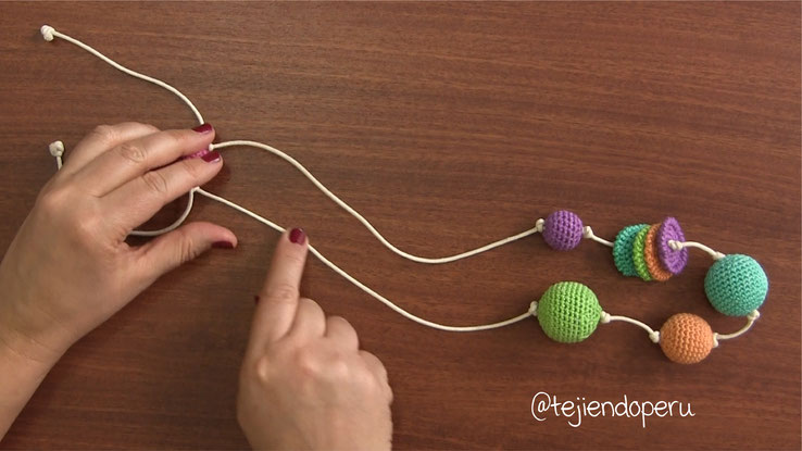 Collar de lactancia tejido a crochet