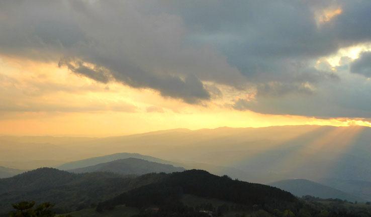 Franziskusweg, Sonnenuntergang am Kloster La Verna, Toskana