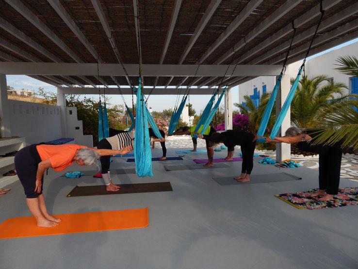 Stage yoga aérien ou yogaswing avec www.jyoti-yogi.com juin 2021